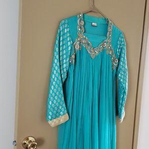 dress (Pakistani/indian)